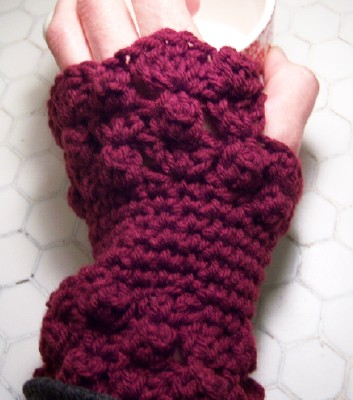 Burgandy wrist warmers