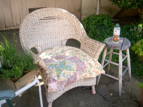 wicker chair2